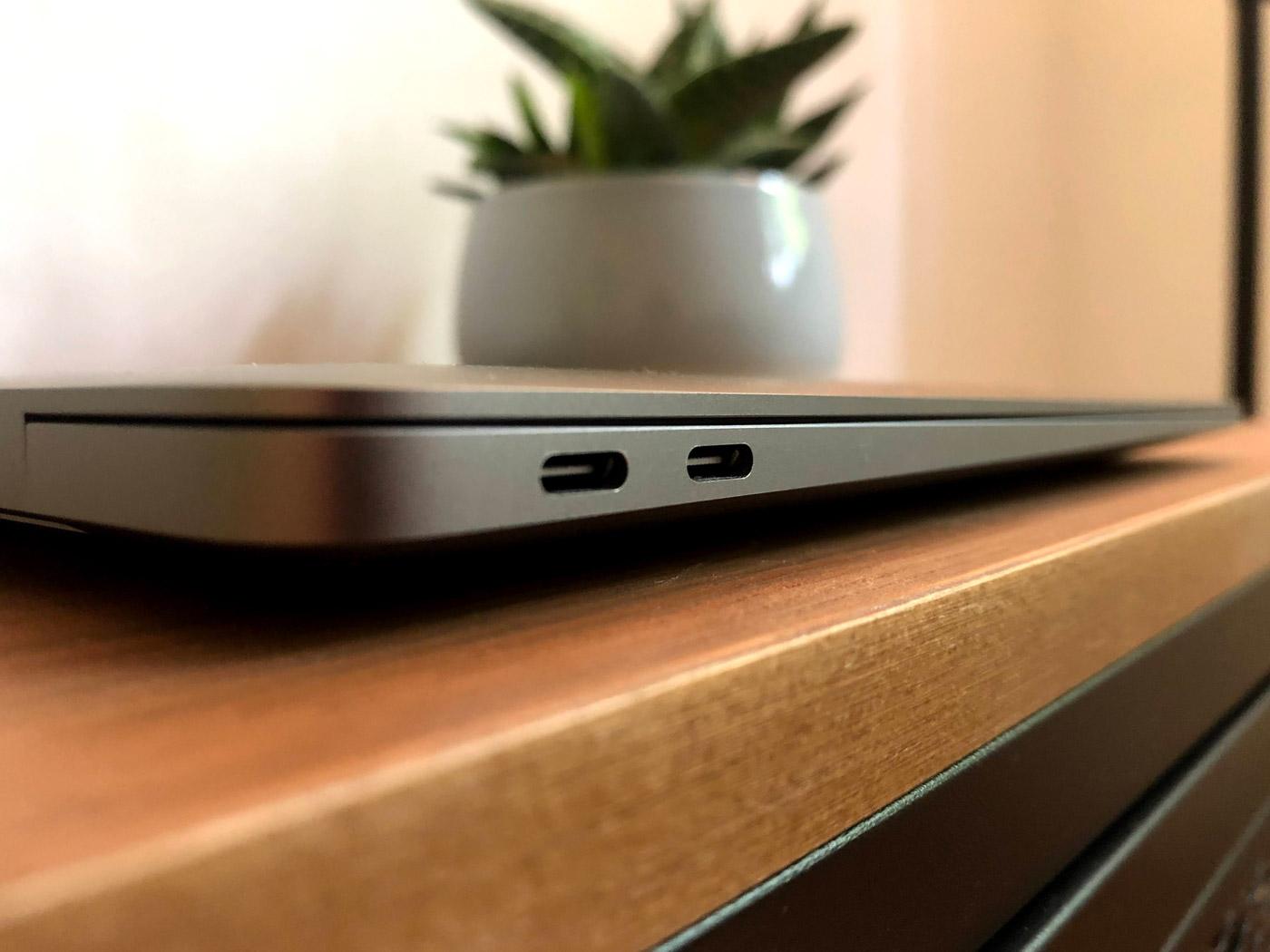 MacBook Air M1 Anschlüsse